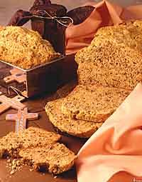 Walnut Cheddar Apple Bread