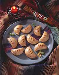 Argentinean Caramel-Filled Crescents (Pasteles)
