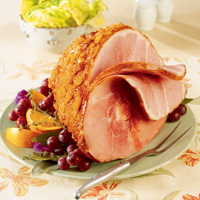 Baked Ham with Sweet and Spicy Glaze