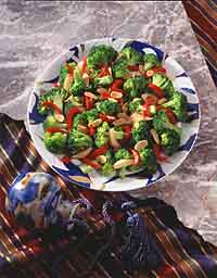 Broccoli with Red Pepper and Shallots