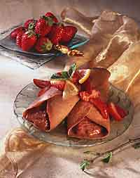 Chocolate-Strawberry Crêpes