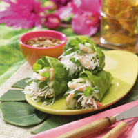 Thai Salad Rolls with Spicy Sweet & Sour Sauce