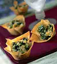 Spinach-Artichoke Party Cups