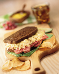 Hot & Juicy Reuben Sandwich
