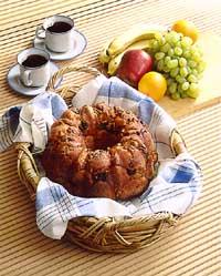 Cinnamon-Pecan Pull-Apart Bread