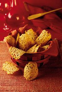 Parmesan-Pepper Crisps