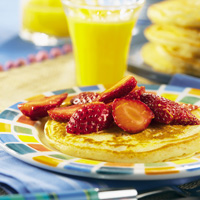 Nutmeg Pancake with Lemon-Spiked Berries