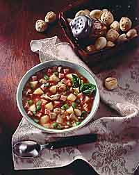 Clam Chowder with Tomatoes