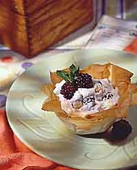 Blackberry Strudel Cup