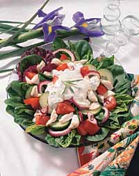 Crab Spinach Salad with Tarragon Dressing