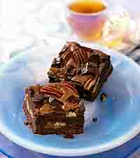 Chunky Caramel Nut Brownies