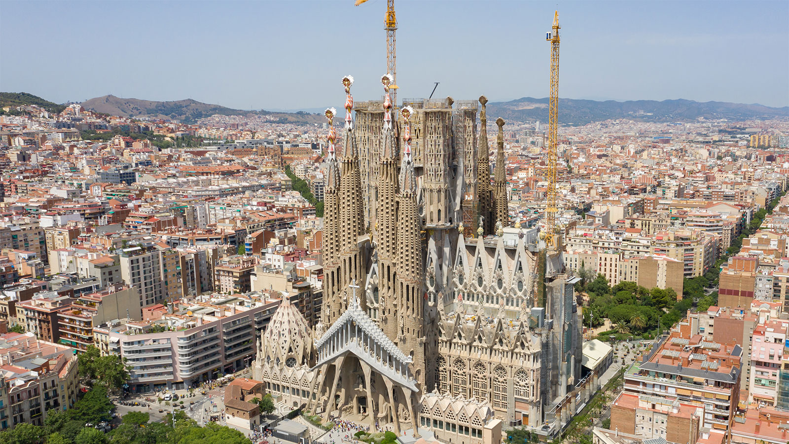 Sagrada Familia Basilica Is Almost Finished After Just 137 Years Howstuffworks