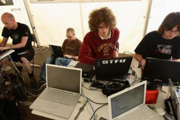 Could a single hacker crash a country's network? | HowStuffWorks