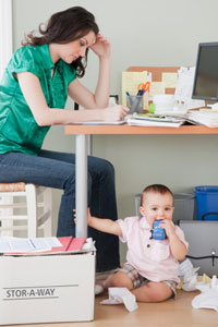 How Financial Aid for Single Mothers Works | HowStuffWorks
