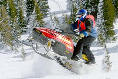 How Snowmobiles Work | HowStuffWorks