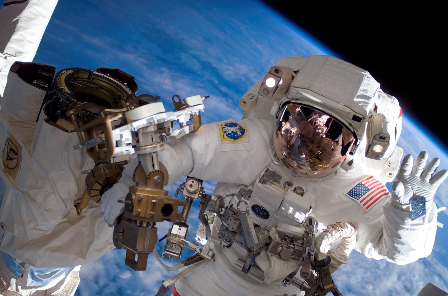 How do humans age in space? | HowStuffWorks