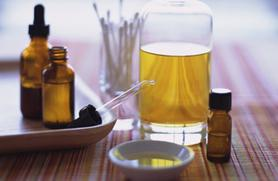 Treat Your Skin Problems Naturally with Tea Tree Oil