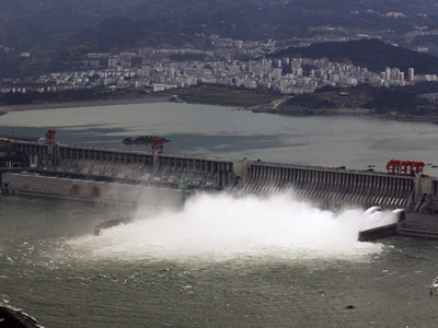 Why could China's Three Gorges Dam cause an environmental disaster