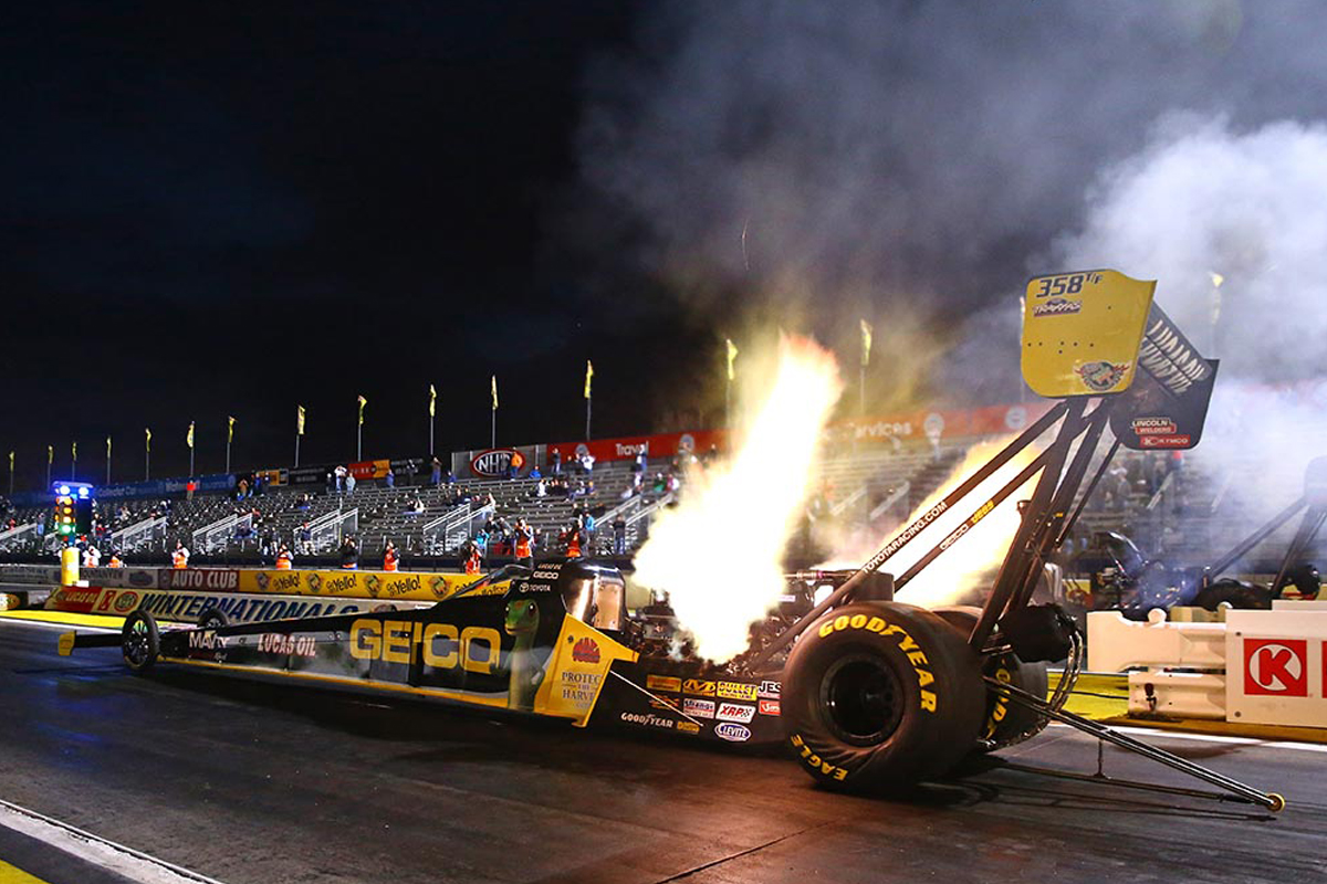 How A Top Fuel Dragster Works Howstuffworks