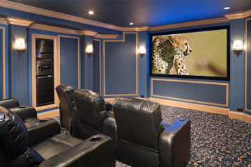 Why Home Theater Has an Advantage | HowStuffWorks