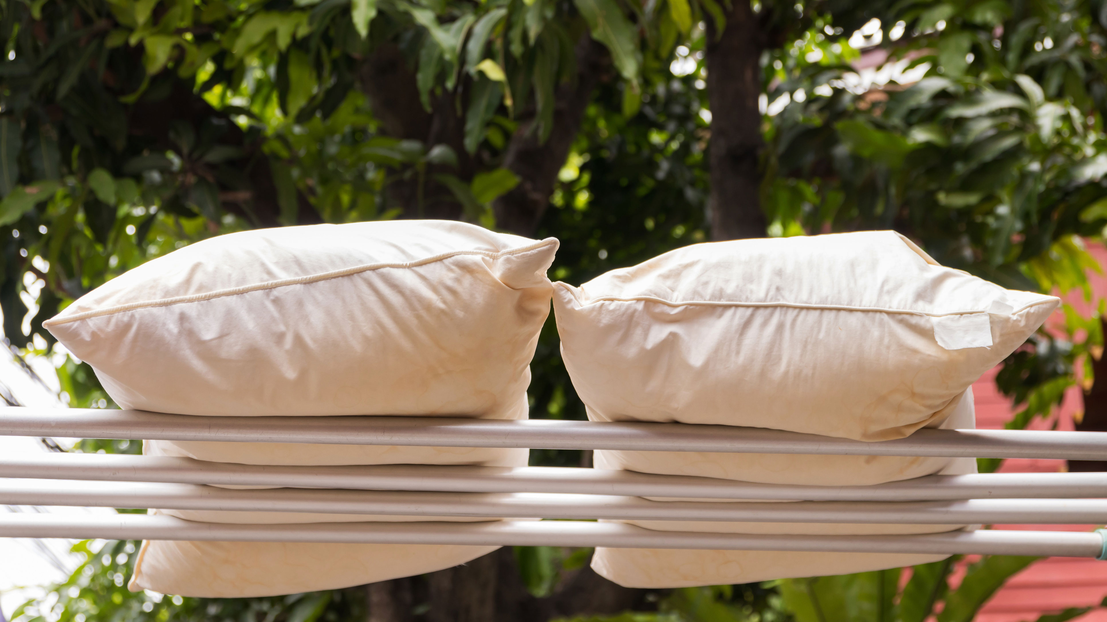 How Often Should You Wash Your Pillow Howstuffworks