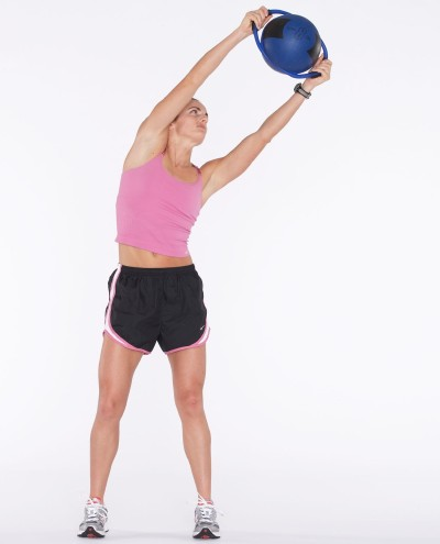 circle and bend weight lifting exercise for women